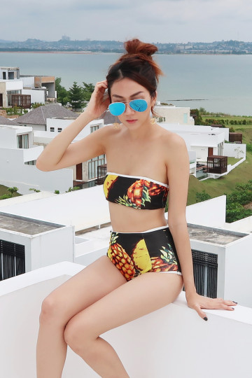 PINEAPPLE OF MY EYE BANDEAU SWIM SET (BLACK) image