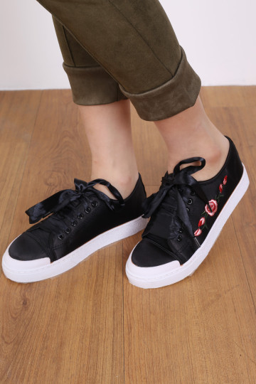 ROSETTE SATIN SNEAKERS (BLACK) image