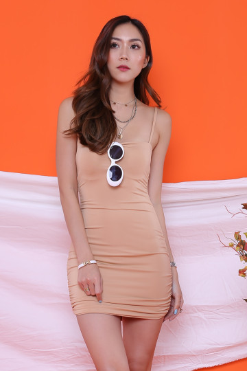 BEVERLY STRAIGHT NECK BODYCON DRESS (NUDE)(BACKORDER) image